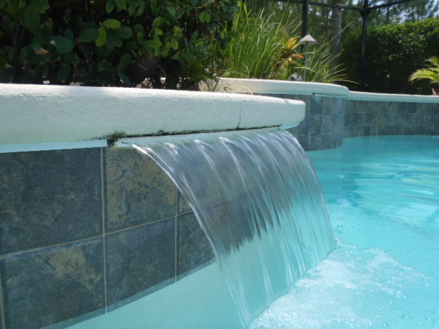 Our Choice of Best Swimming Pool Fountain Heads Pictures ...
